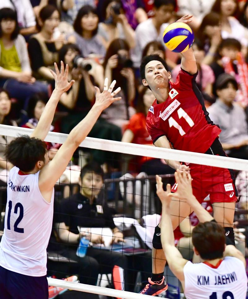 18歳西田有志「11」背負い躍動 12点挙げ勝利