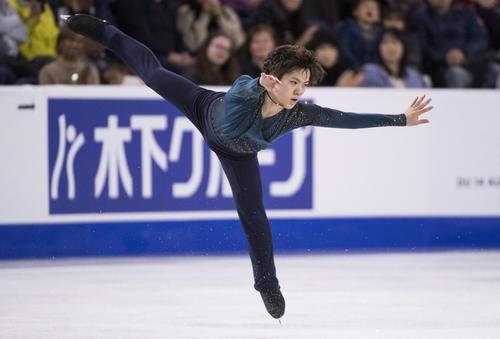スケートカナダ男子フリー 演技する宇野昌磨(AP)