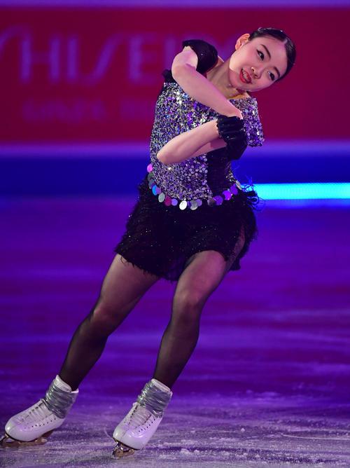 世界フィギュアスケート国別対抗戦2019 エキシビションで滑る紀平梨花(撮影・清水貴仁)