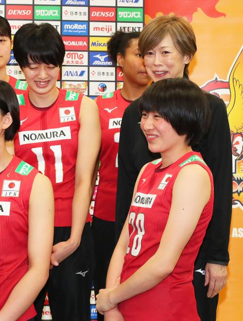 2019 代表 バレー 女子 日本