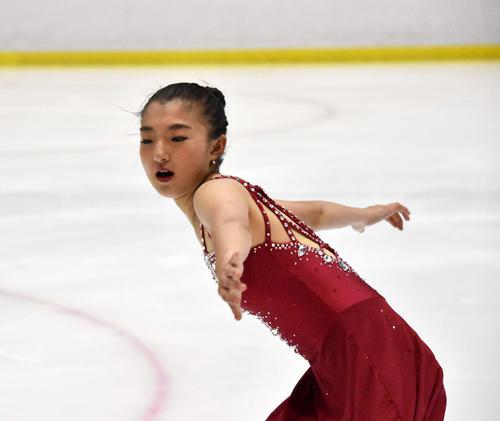 女子ショートプログラムで滑る坂本花織(撮影・佐々木隆史)