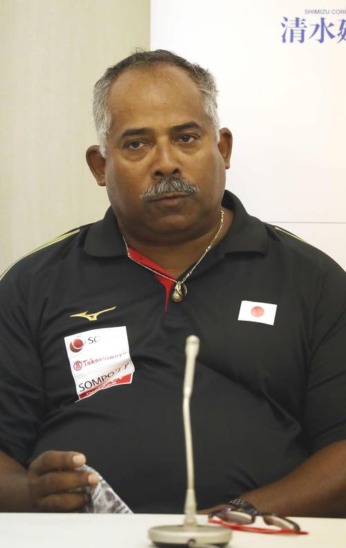 日本対マレーシア 試合後、会見に臨んだ日本代表のアイクマン監督(撮影・河野匠)