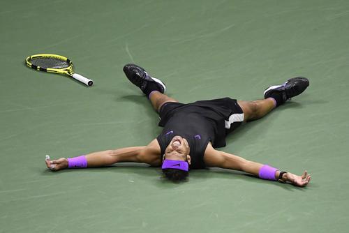 全米オープン 2年ぶり4度目の優勝したナダル(ロイター)