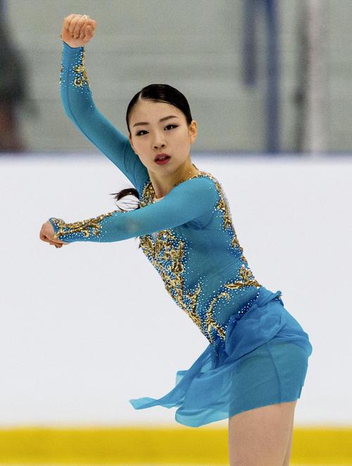 女子フリーで演技する紀平梨花。今季初戦を優勝で飾った(共同)