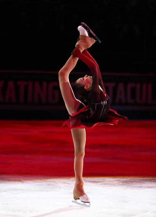 エキシビションで演技するアンナ・シェルバコワ(ロイター=USA TODAY Sports)