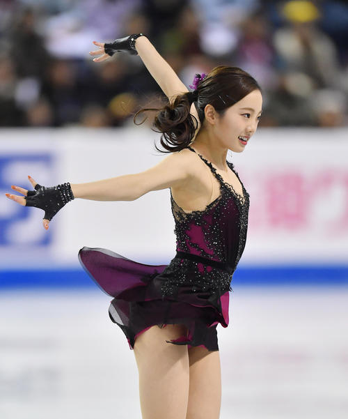 スケートカナダ・女子SPで演技をする本田(撮影・菅敏)