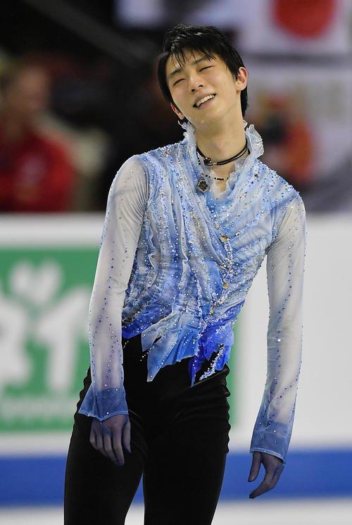 スケートカナダ・男子SPを終え、ホットした表情を見せる羽生(撮影・菅敏)