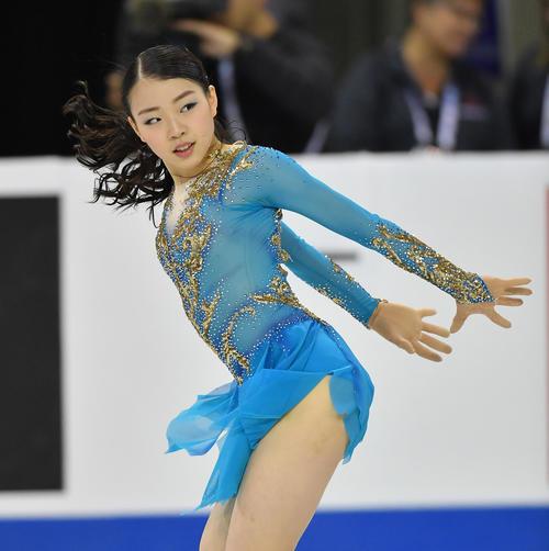 スケートカナダ・女子フリーで演技する紀平(撮影・菅敏)