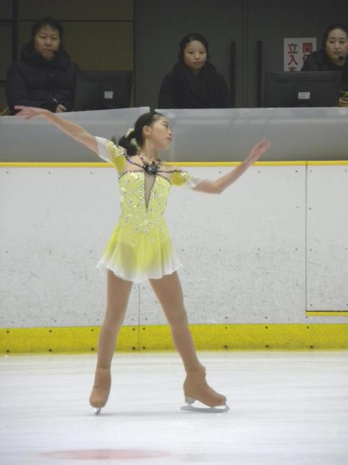 西日本選手権のジュニア女子SPに臨んだ吉田陽菜(撮影・松本航)
