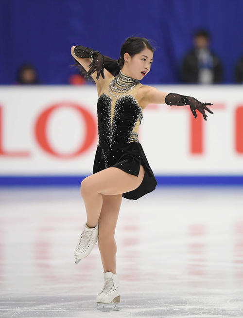 NHK杯 女子SPで演技する横井(撮影・加藤諒)