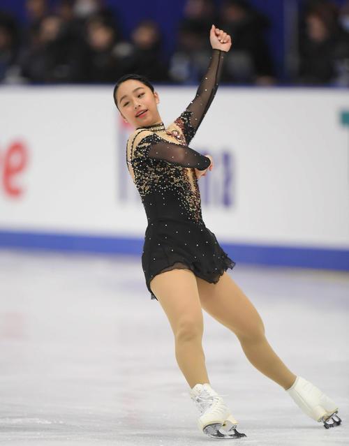 NHK杯 女子SPで演技する山下真瑚(撮影・加藤諒)