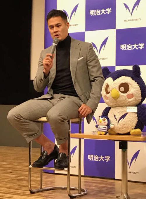 母校の明大でトークショーを行ったラグビー日本代表の田村
