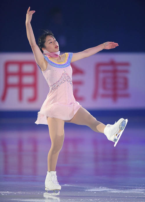 NHK杯 エキシビションで演技する山下(撮影・加藤諒)