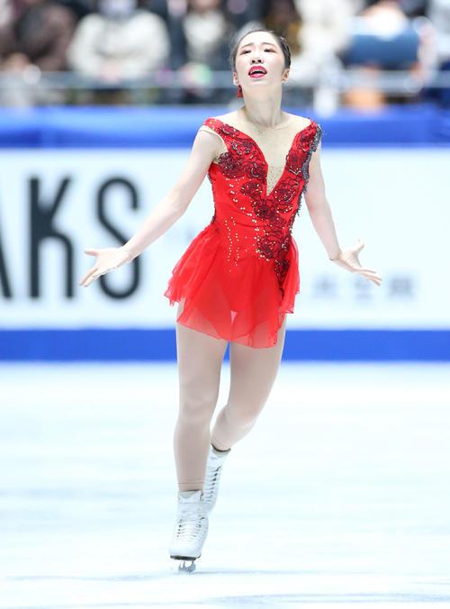 全日本フィギュアスケート選手権、女子SPで演技する津内(撮影・垰建太)
