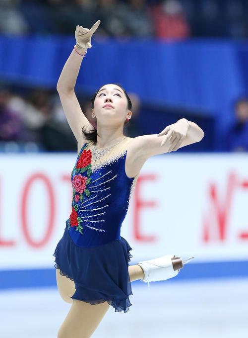 全日本フィギュアスケート選手権、女子SPで演技する松原(撮影・垰建太)