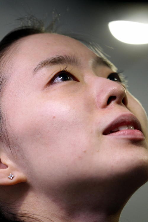 東京五輪シングルス代表が決まり、目を潤ませる石川佳純(撮影・三須一紀)