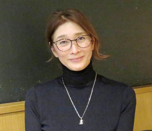 インタビューに応じた益子直美氏(撮影・佐藤勝亮)