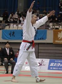 新発田・和泉が唯一公立勢V、父は柔道強豪私学教頭 - 柔道 : 日刊スポーツ