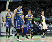 北海道8連敗、内海監督「今シーズン最低のゲーム」 - バスケットボール : 日刊スポーツ