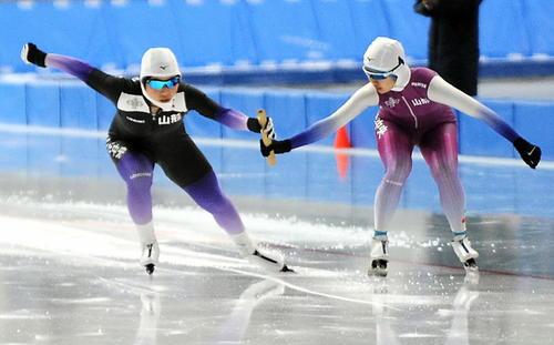 Photo of 山形中央が国体&高校総体2冠 女子スケートリレー