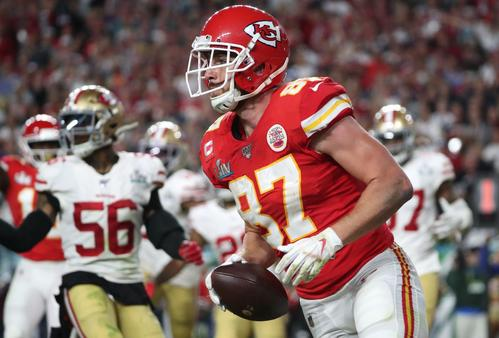 4th Q @ Chiefs Kelsey [Reuters] touched down with Kelsey catching Mahomes pass