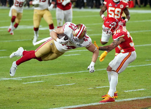 Q2: 49ers use check to touch down [Reuters]