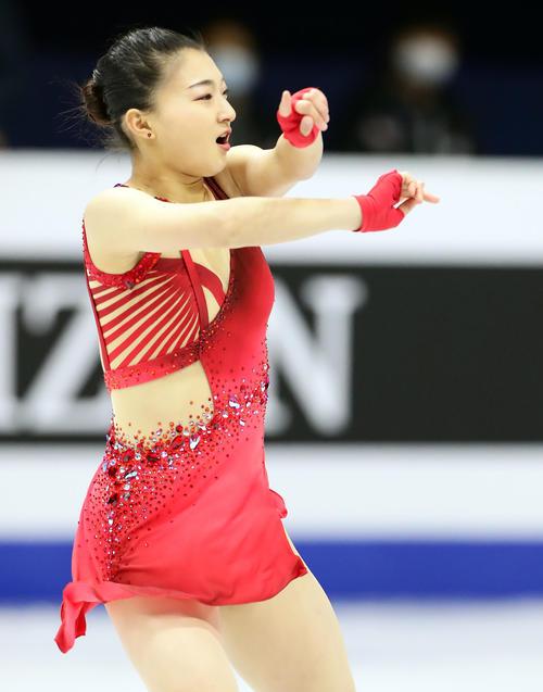 "Photo of Kaori Sakamoto SP 4th place ""Kokete Tamaru"" means to prevent falling"