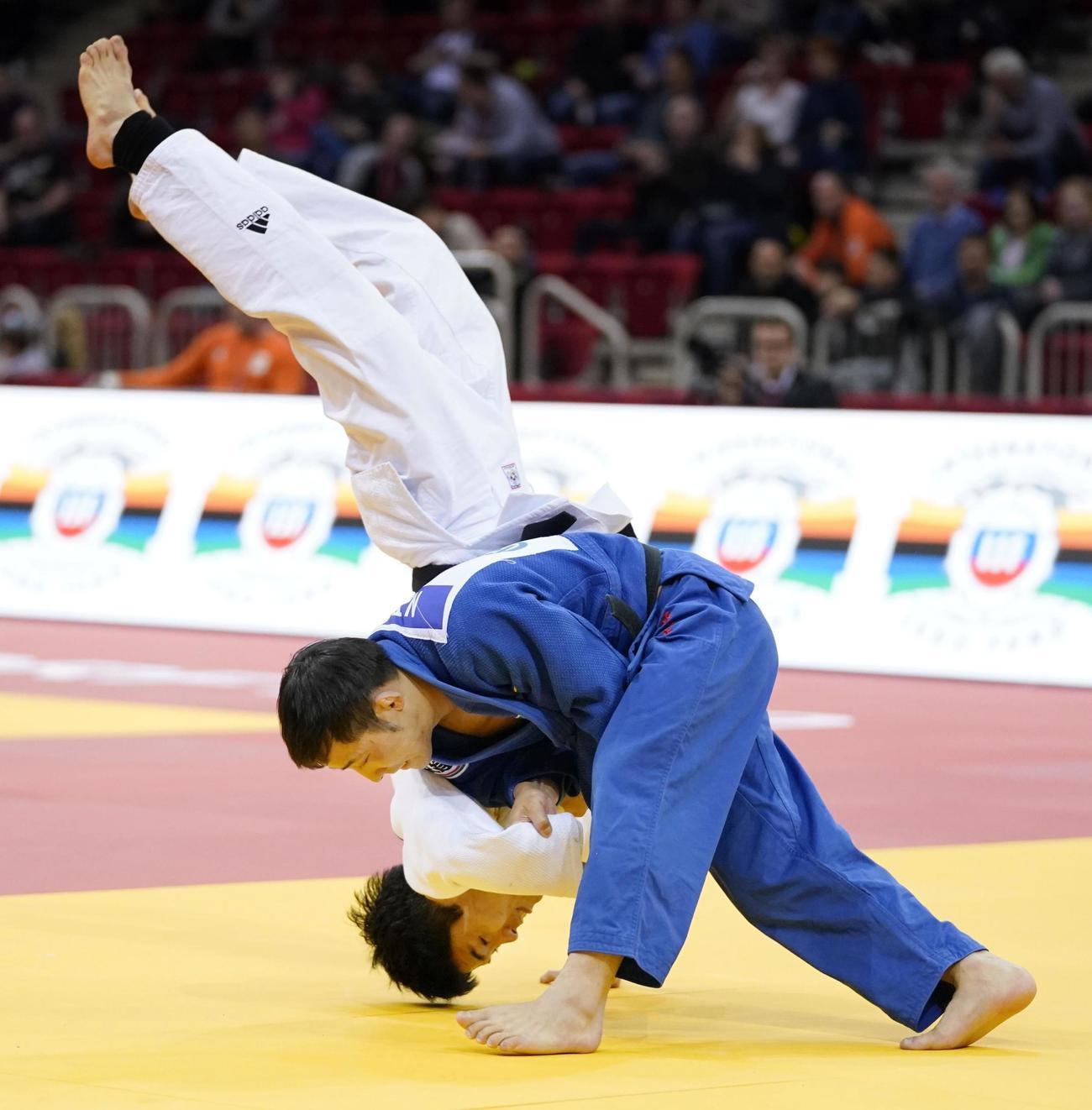 韓国選手に一本勝ちの高藤直寿(共同)