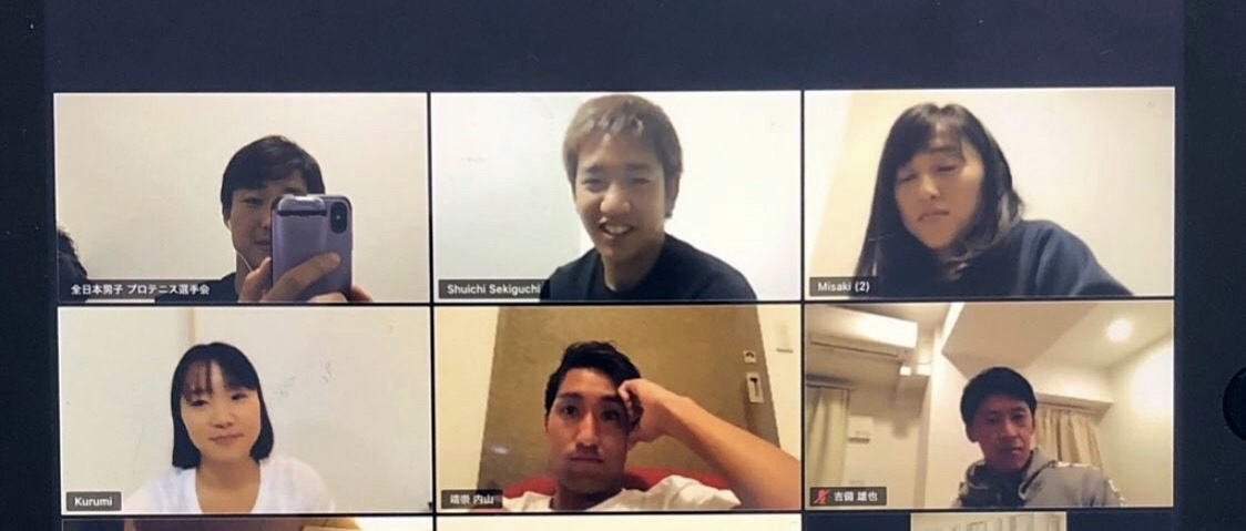 全日本男子プロテニス選手会開催のオンライン・ファンミーティングに出席選手会開催のオンライン・ファンミーティングに参加した(左上から時計回り)添田豪代表理事、関口周一、土居美咲、吉備雄也、内山靖崇、奈良くるみのプロ選手