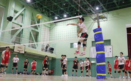 Photo of 北海道科学大高バレー部練習再開「日本一へ頑張る」