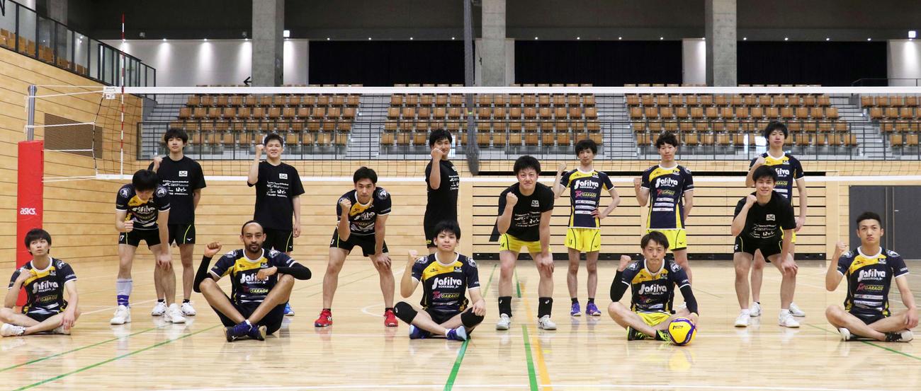 練習を再開したサフィルヴァ北海道の選手たち(撮影・浅水友輝)