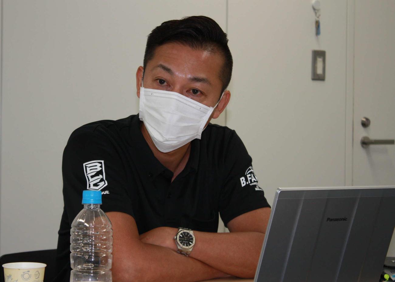 理事会後にオンラインでメディアブリーフィングを行ったBリーグ島田慎二チェアマン(Bリーグ提供)