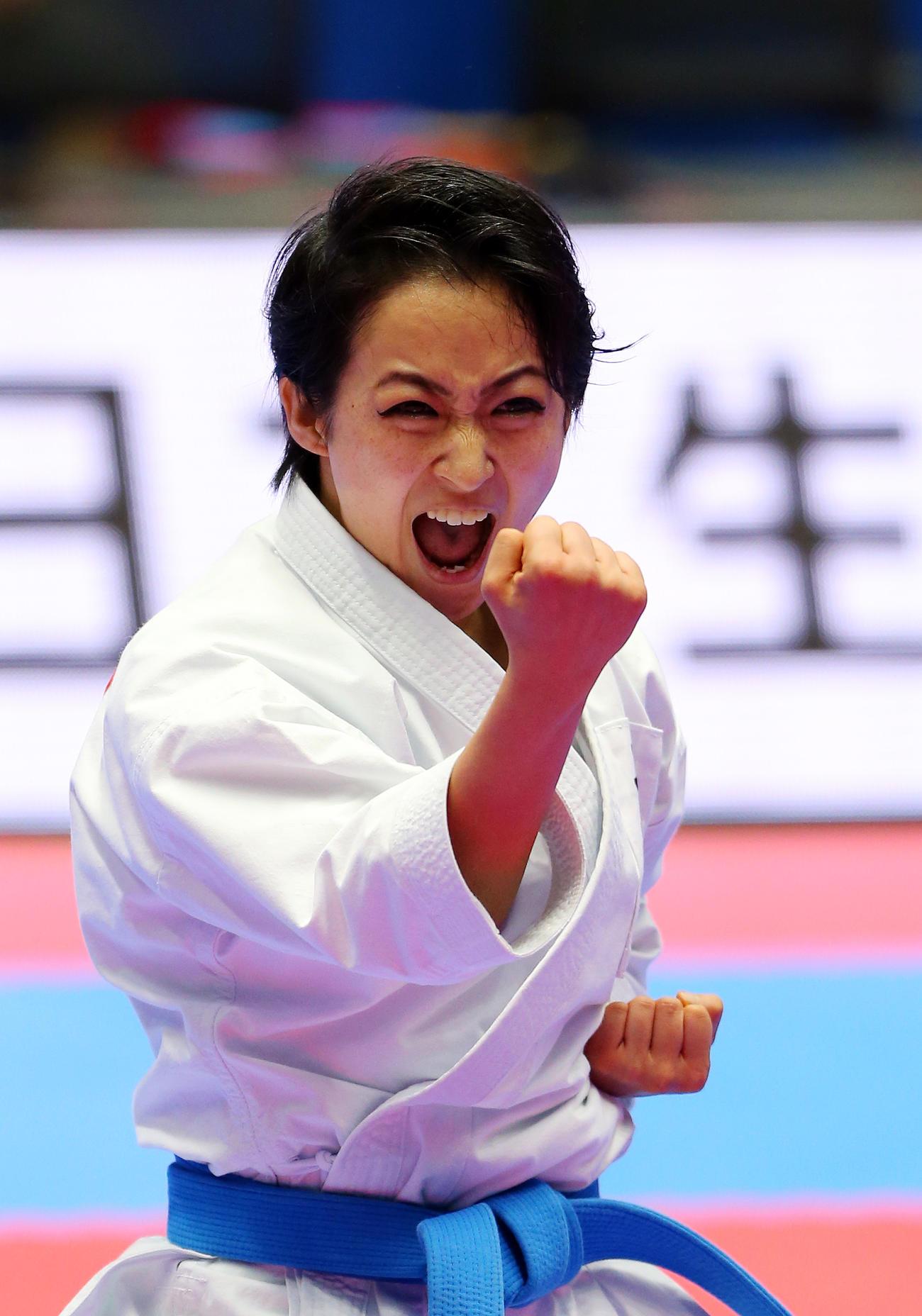 空手全日本選手権個人戦女子形 チャタンヤラクーサンクーを披露する清水希容(2019年12月8日撮影)