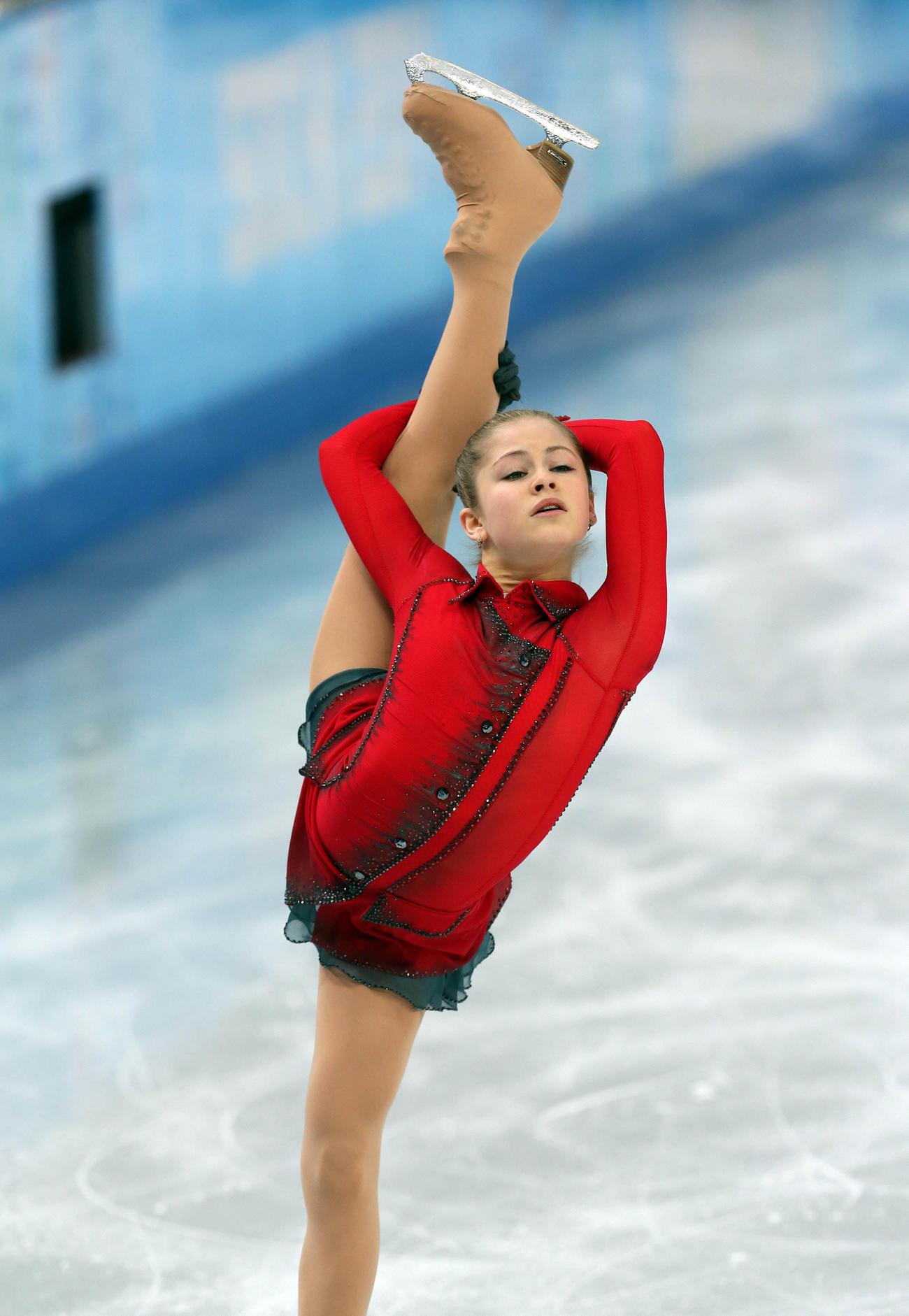ソチ五輪 女子フリーで演技するユリア・リプニツカヤ(2014年2月20日撮影)