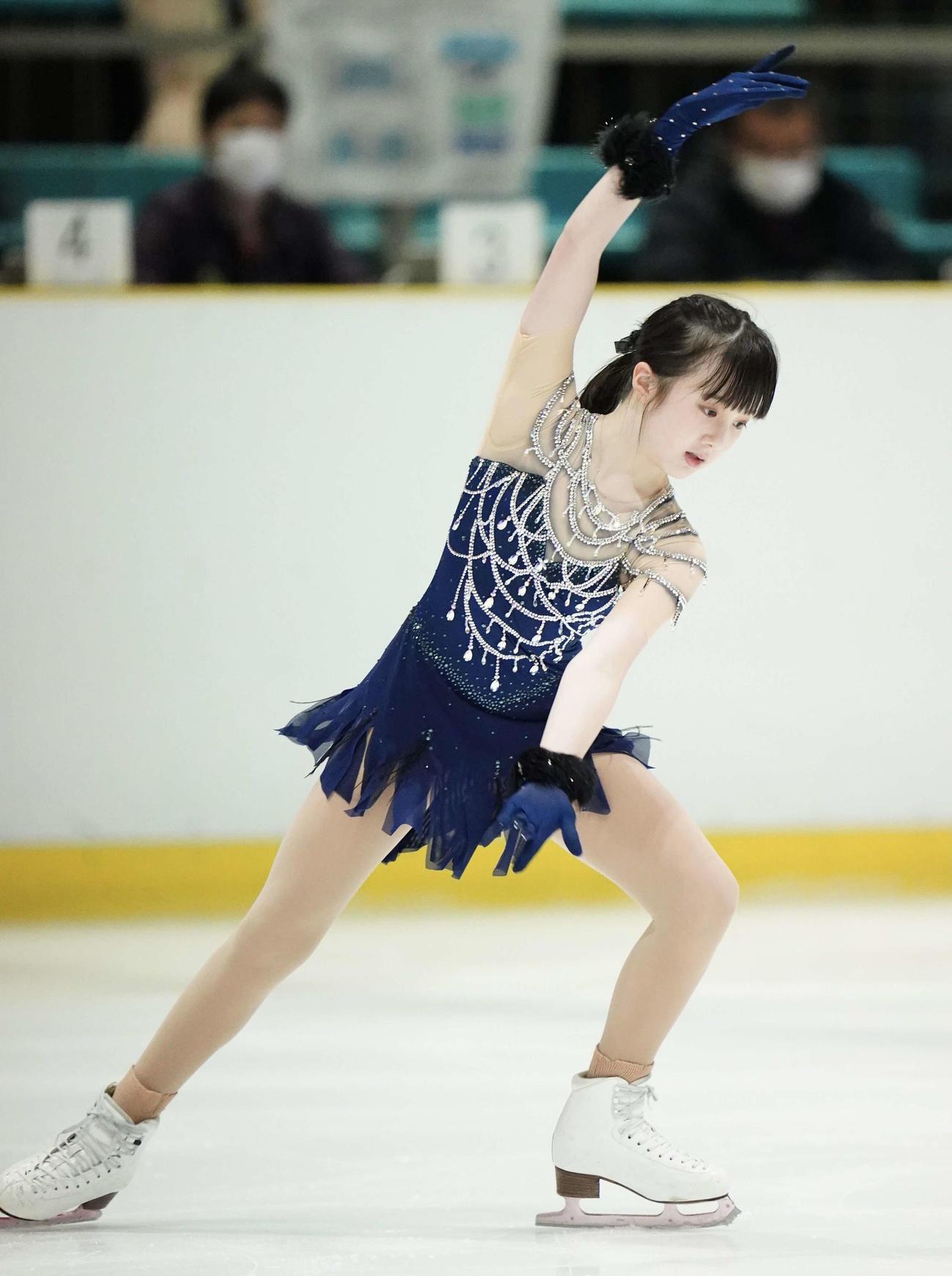 フィギュアスケート近畿選手権 ジュニア女子ショートプログラム 演技する本田紗来(代表撮影)