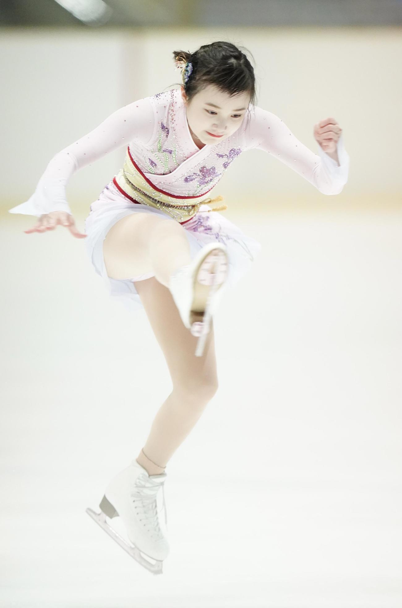 フィギュアスケート近畿選手権 ジュニア女子フリープログラム 演技する本田紗来(代表撮影)