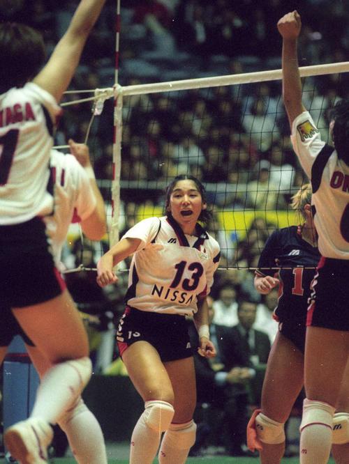 バレーボール女子世界選手権 日本対オランダ スパイクを決めて喜ぶ佐々木みき(1998年11月5日)