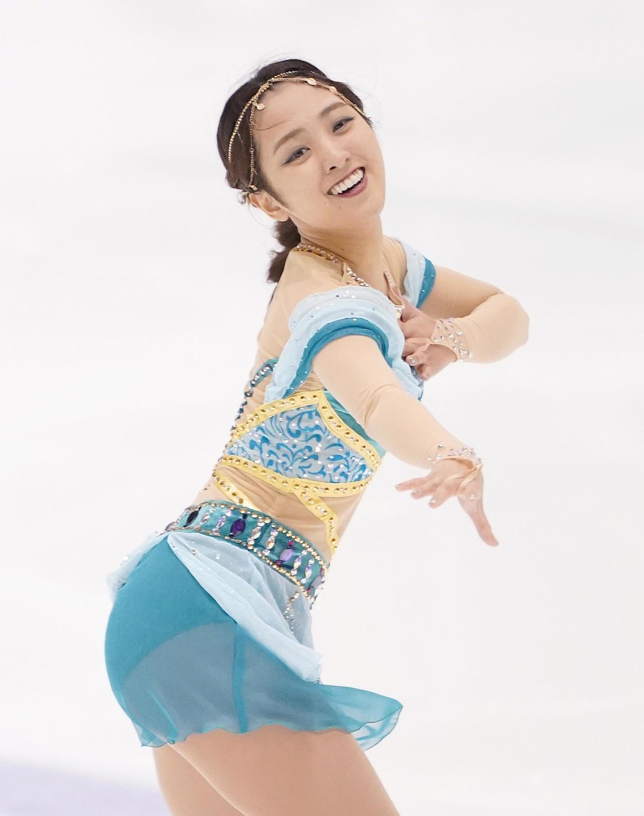 フィギュアスケート東日本選手権・女子フリーで演技をする河西(撮影・菅敏)