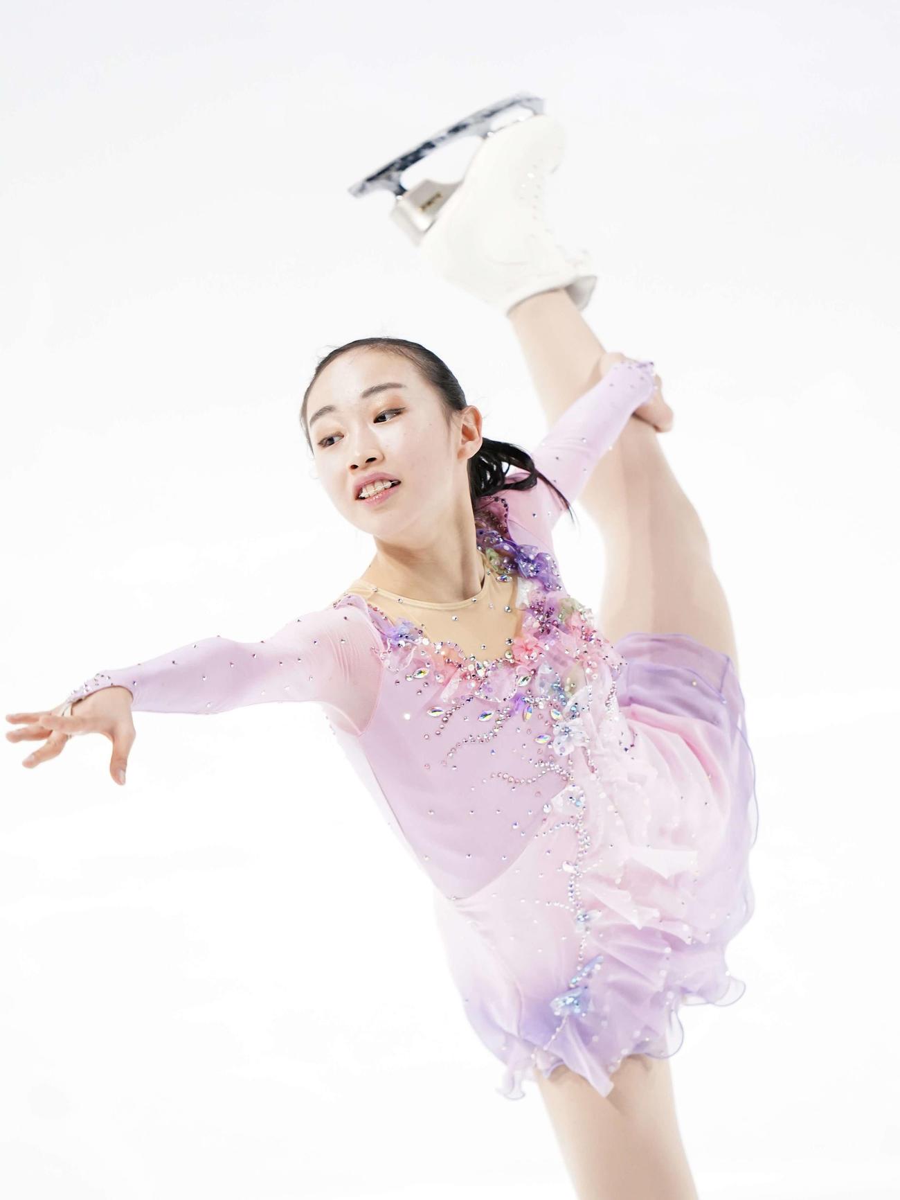 全日本ジュニアフィギュアスケート選手権2日目 女子SPで演技する松生理乃(代表撮影)