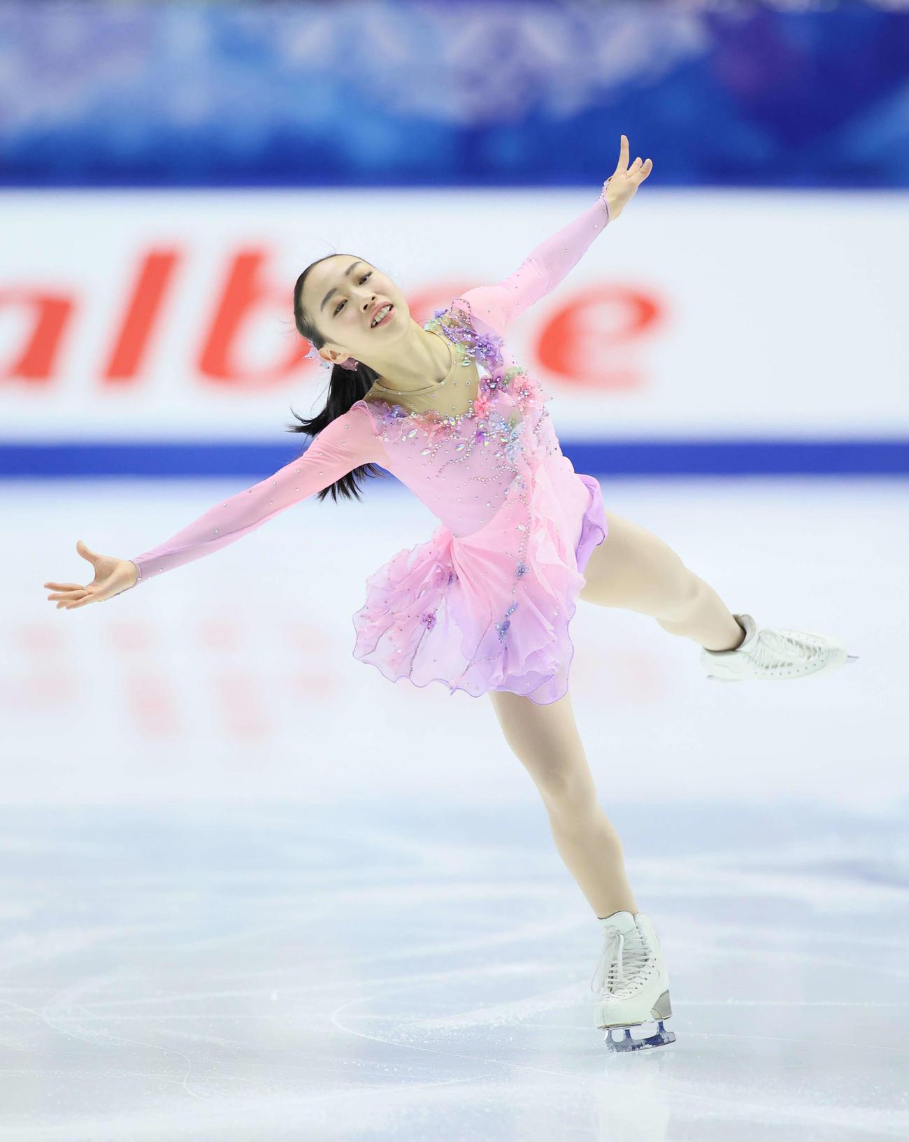 フィギュアスケートNHK杯女子ショートプログラム 演技をする松生理乃(代表撮影)