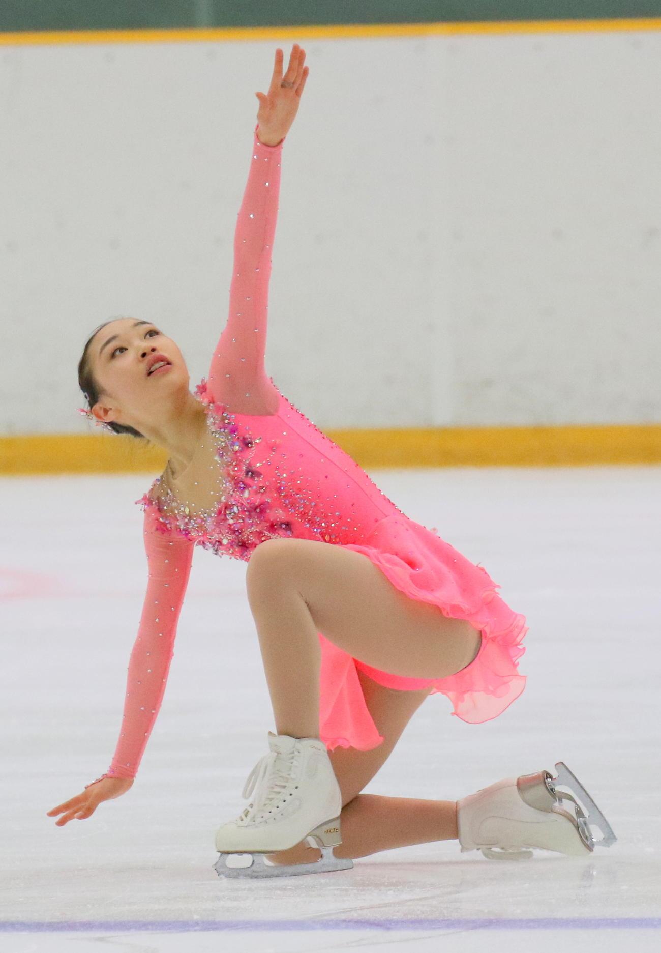 女子決勝(フリー)で演技する松生(撮影・木下淳)