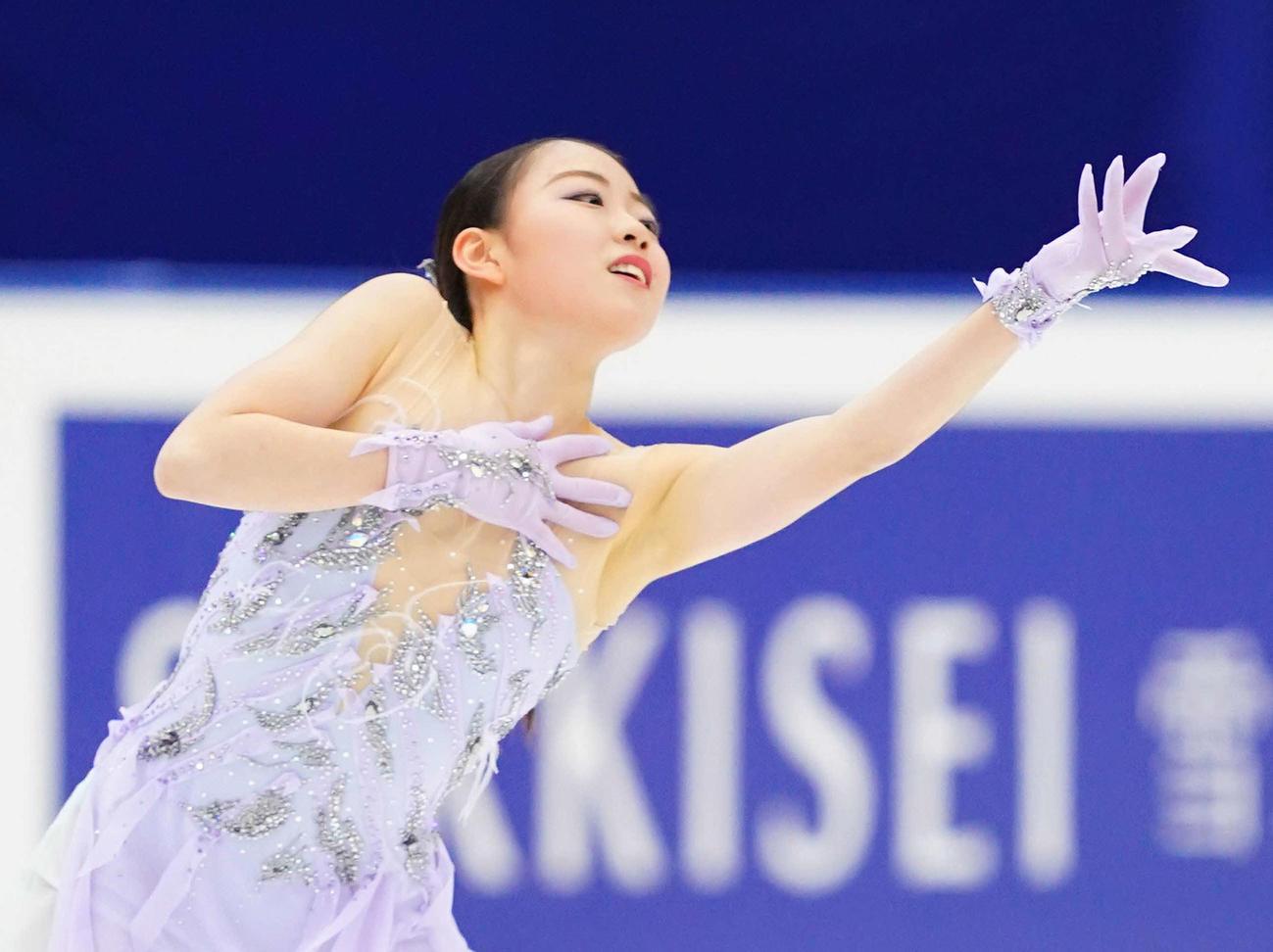 20年12月27日、女子フリーで演技をする紀平梨花