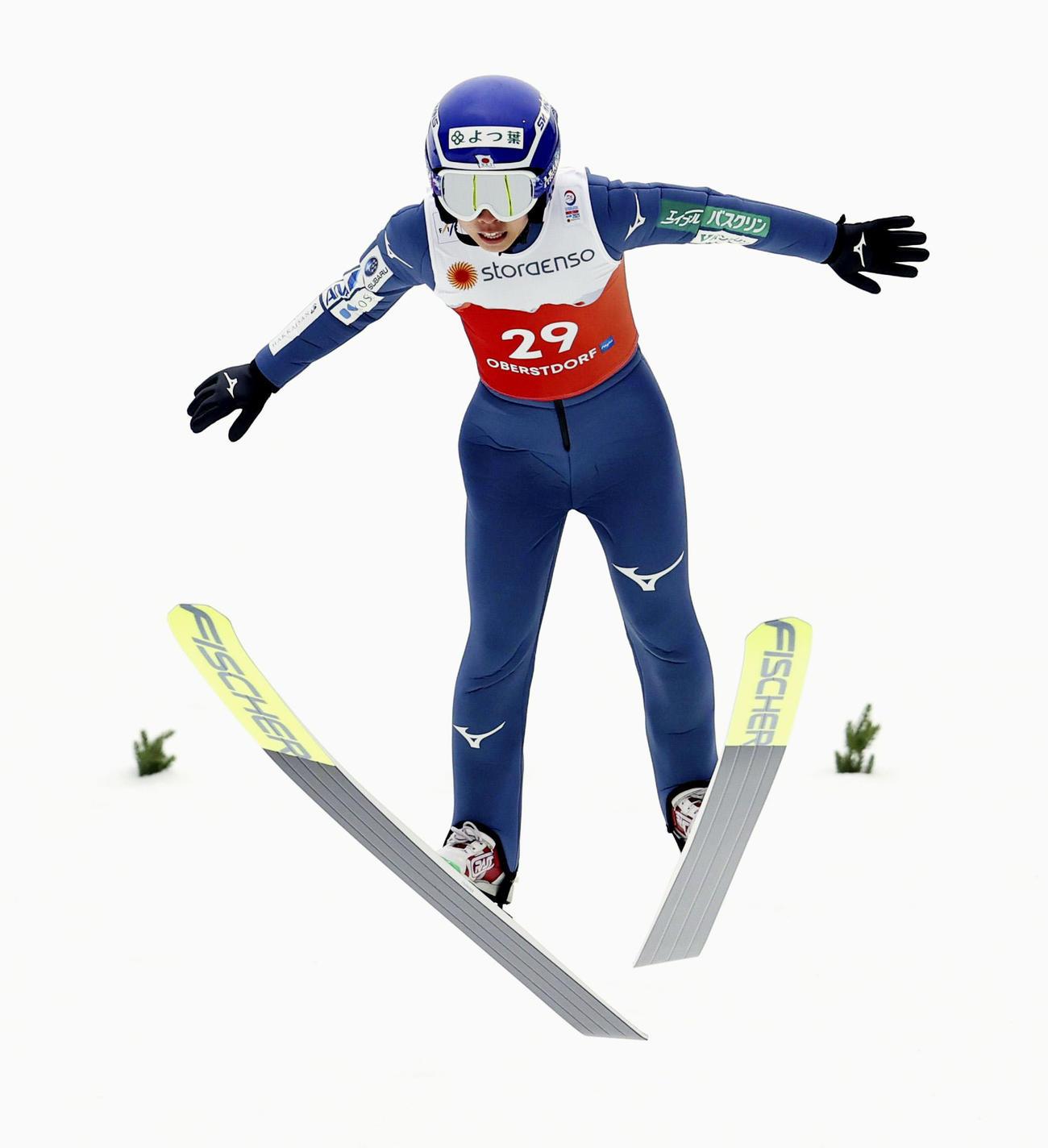 複合女子個人ノーマルヒル 前半飛躍で6位につけた中村安寿(ゲッティ=共同)