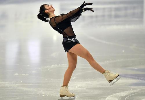 世界選手権女子SPに出場したエリザベータ・トゥクタミシェワ(AP)