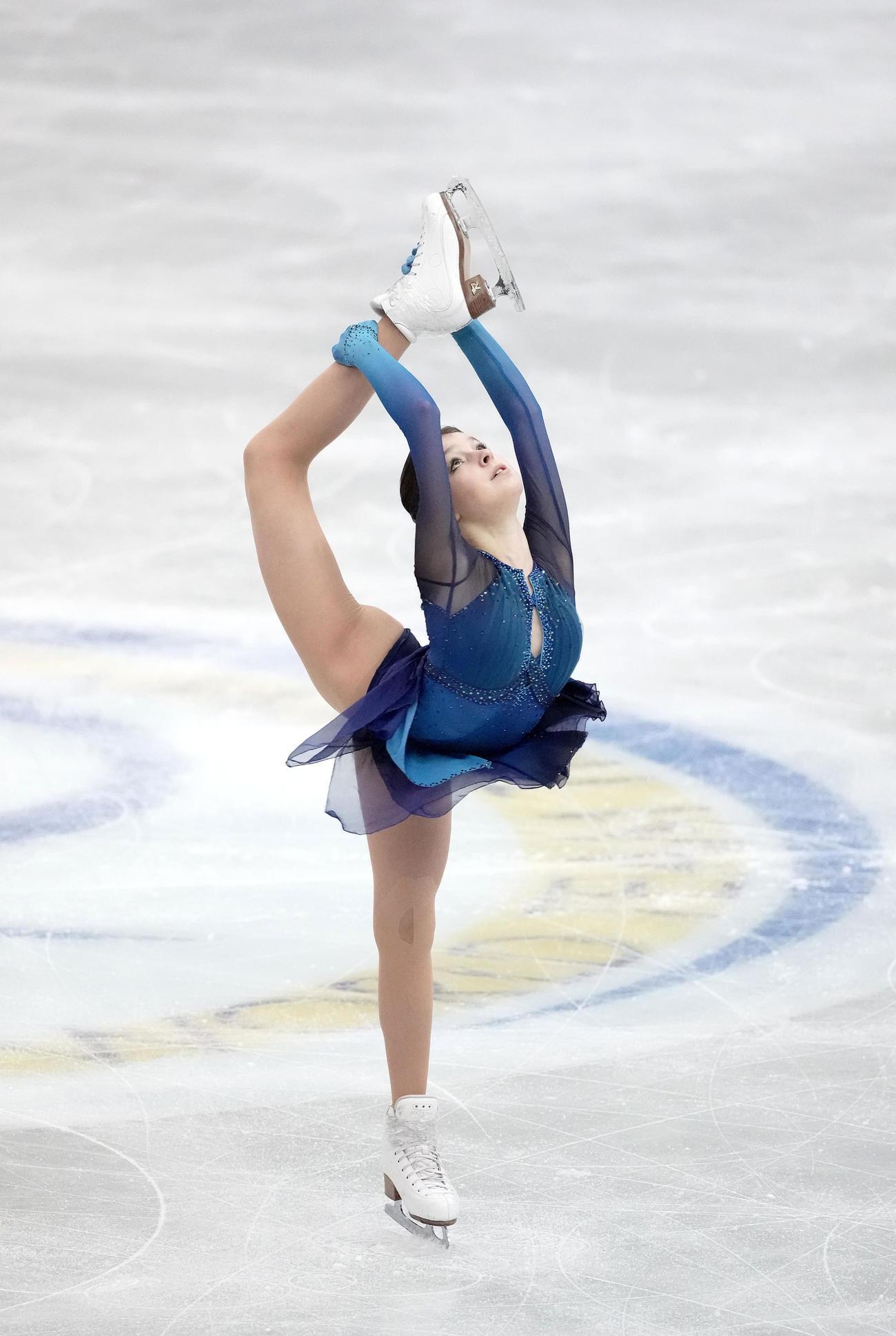 女子SPで演技するアンナ・シェルバコワ(代表撮影)