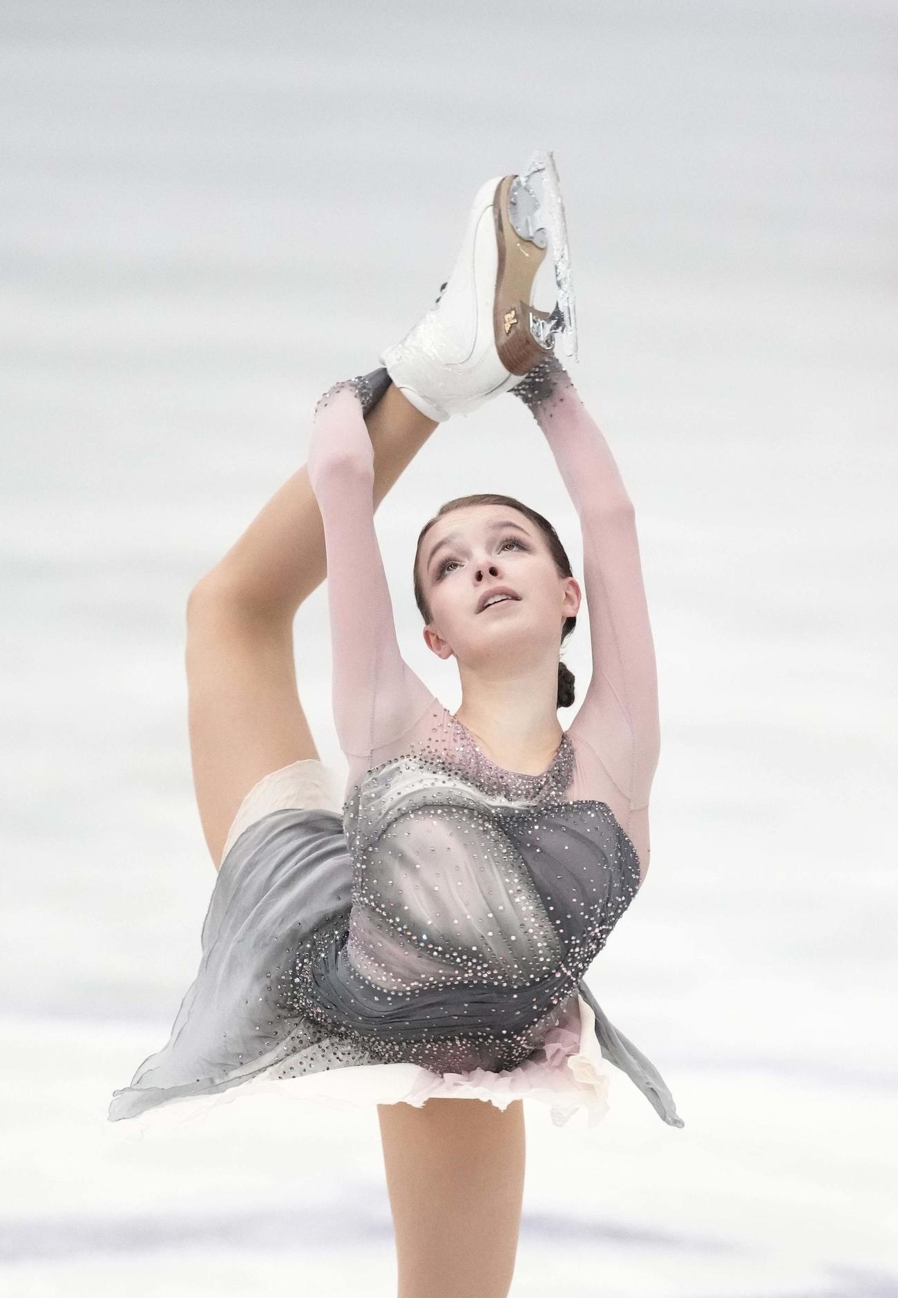 女子フリー 演技するアンナ・シェルバコワ(代表撮影)