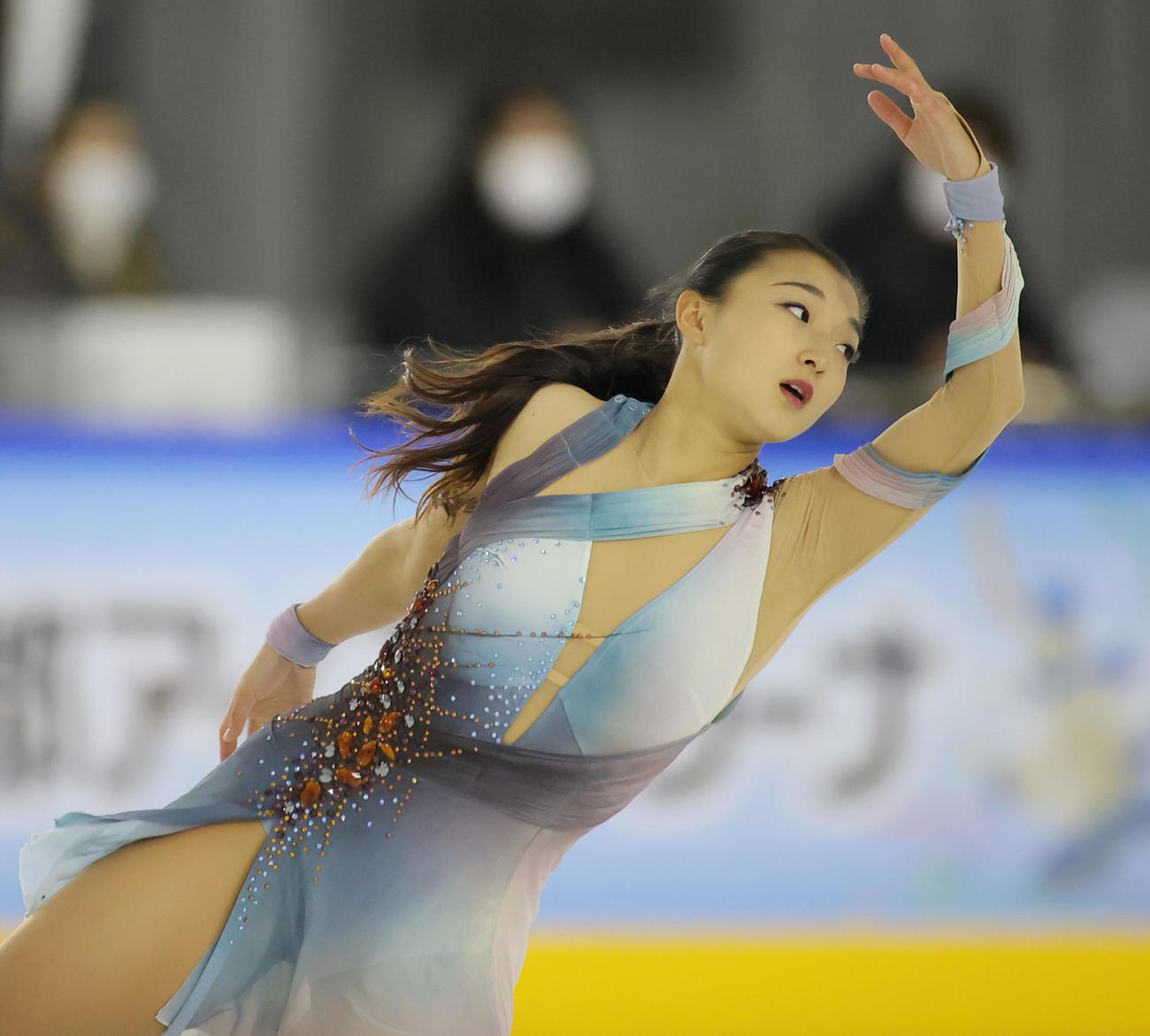 女子SPで演技する坂本花織(代表撮影)
