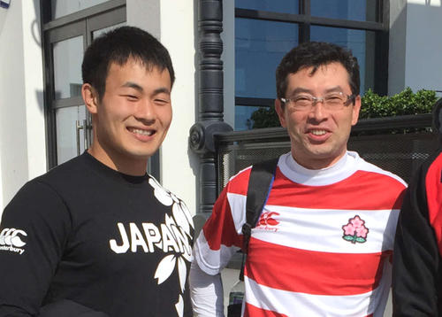 15年W杯南アフリカ戦前の福岡(左)と前田氏